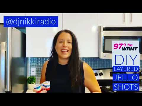 DIY-multicolored-Jell-O-shots-tutorial