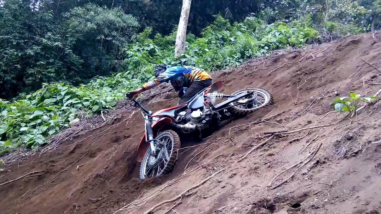 Trail Advanture Lucu Tanjakan Kumayan Gunung Merapi Agam Sumatra