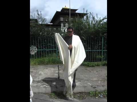 How To Wear A Bhutanese Shawl With Tenzin Sherpa