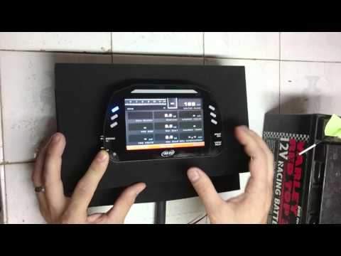 Aim MXS digital dash datalogger - Part 1 - Unboxing