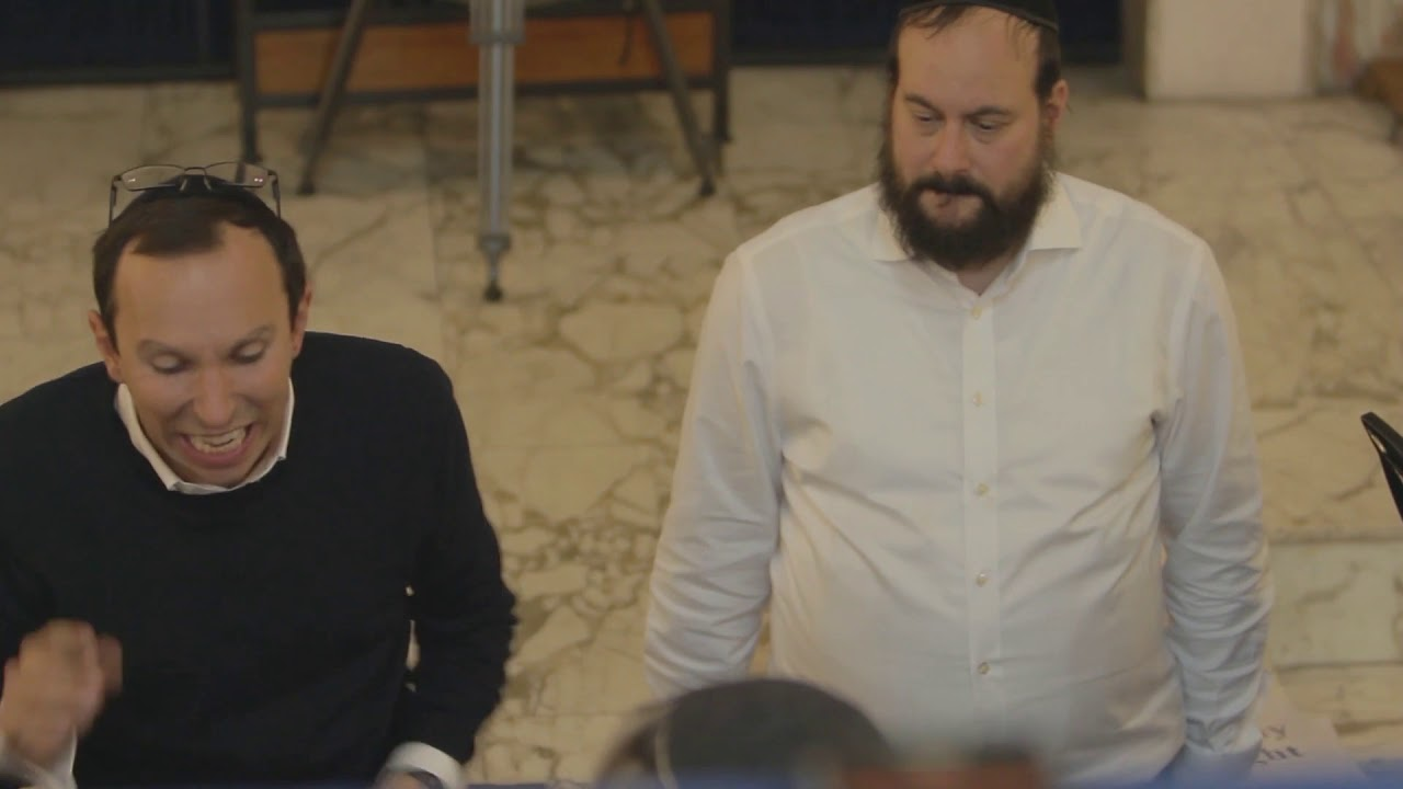 Download Chazan Yossi Muller & the Whitefield Shul Choir - Unesane Tokef Highlights