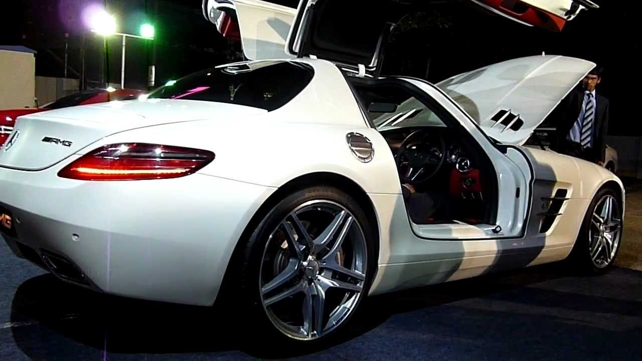 Mercedes benz sls amg revving in hyderabad india youtube for Mercedes benz sls price
