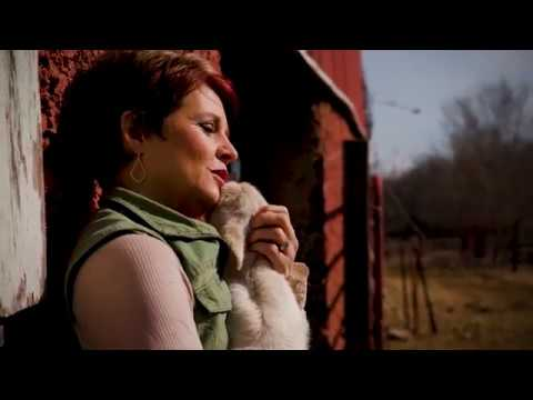"""Safe in the Arms of Jesus"" Music Video - Jennifer Rothschild ""Psalm 23"" Bible Study - LifeWay"