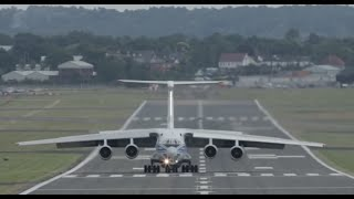 Crosswind and wake turbulence contribute to tricky landing cargo plane IL-76