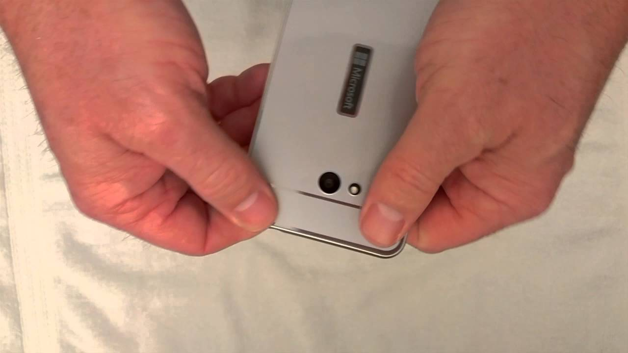 Microsoft Lumia 640 XL flip-case cover (CC-3090) hands-on and .