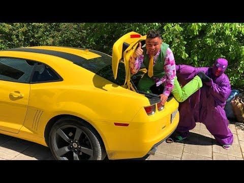 Mr. Joe On Scooter Found Chevy Camaro In Trunk Car & Purple Fat Man Found Lamborghini For Kids