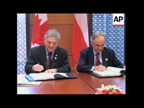 Canada and Chile sign agreement on gov't procurement rules