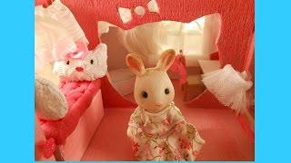 Как сделать румбокс для игрушек сильвания фэмилис.(В этом видео вы увидите мастер класc как сделать кукольный домик и мебель для sylvanian families из картона. Комнат..., 2016-04-05T12:06:31.000Z)