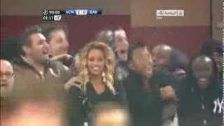 Balotelli & Robinho with harlem shake dance after milan's second goal:D