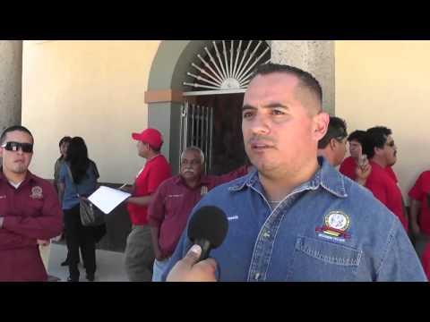 Se manifiesta personal de limpia en Tecate