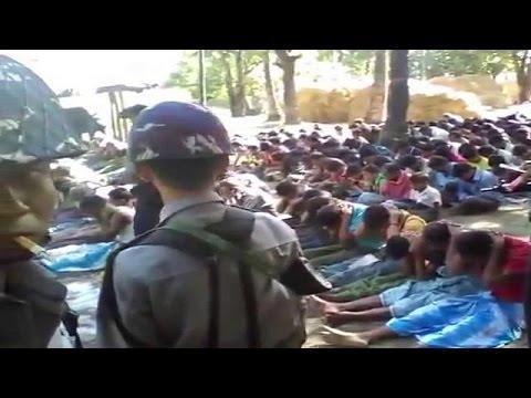 Мьянма: арестованы полицейские,