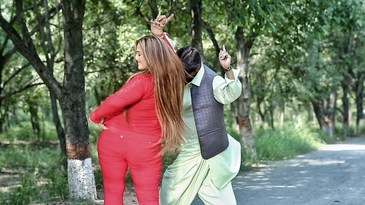 Neelam Gul New Film Song Making  Yo Bal Dedan