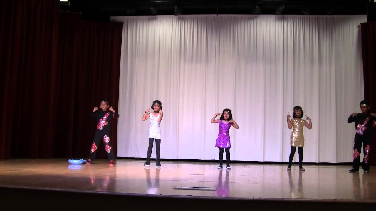 Disco Deewane Song From Student Of The Year Rishi Dancing On Quot Disco Deewane Quot Youtube
