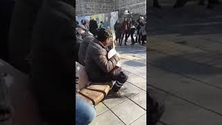 Kayseri Meydanda Sazıyla Ortalıgı İnletti.. Helal