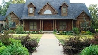 4 Bedroom Home With Apartment On 80 Acres In Arkansas.