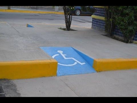 Quejas por mala construcci n de rampas para discapacitados for Rampa de discapacitados