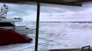 7 very big waves.MOV