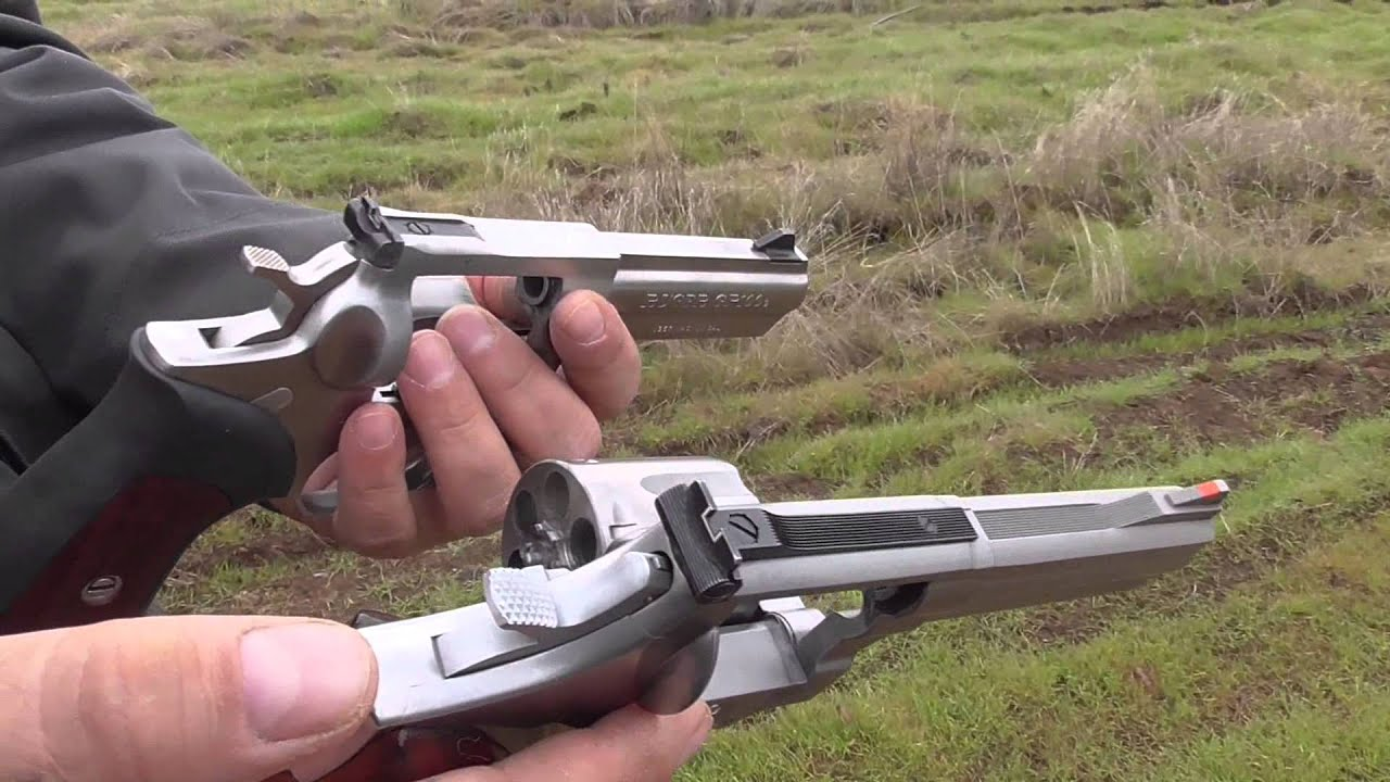 Smith & Wesson 686 VS Ruger GP100 - YouTube