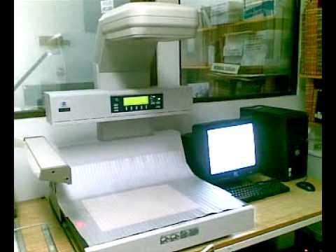 Laboratorio de Microfilmación y Digitalización (Microfilming and Digitization Laboratory)