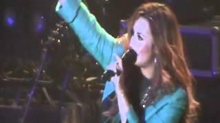 Demi Lovato Hablando antes de Whos That Boy SUBTITULADO - Argentina 28-4-12