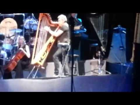 Yanni in Lebanon Byblos Festival in 2013 with Majid alnasrawe lens