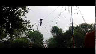 #10 Узбекский цирк Один на голове у другого на веревке(, 2014-07-21T13:08:57.000Z)