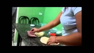 Pão recheado (fermento químico) (CozinhaTerapia #1