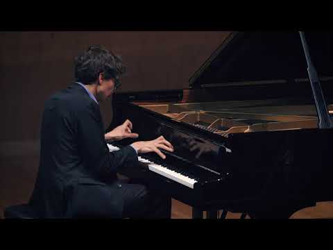 Lucas DEBARGUE plays Liszt: Sonata in B minor | Scarlatti: Sonatas K208 & K24