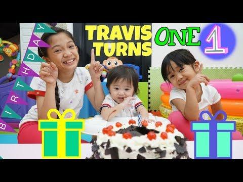 TRAVIS' 1ST BIRTHDAY