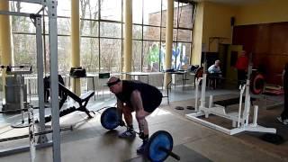 Klassisches Gewichtheber Training (heben stoßen mit 60 Kg)