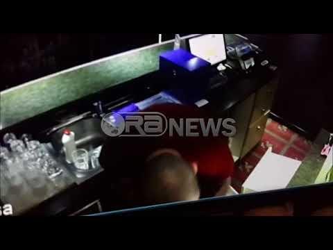 Ora News -  Tiranë, ndërsa grabit kazinonë, hajduti nuk heq cigaren nga goja