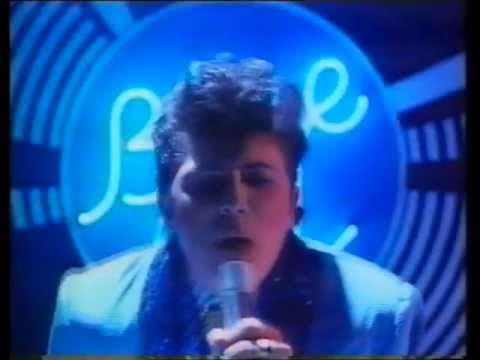 Colgate Blue Gel Toothpaste. Australian TV Ad 1987