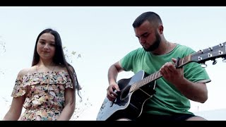 Брат с сестрой спели под Гитару хитовую песню / Dabro - На часах ноль-ноль
