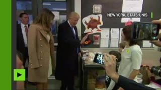 Donald Trump arrive à son bureau de vote à New York