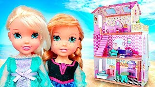 ❄️¡ ELSA AND ANNA Build Their NEW PALACE ! |  Disney Frozen 2 !