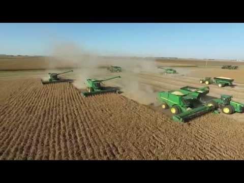 2015 Soybean Harvest in Central IL w/ John Deere S670 Combines