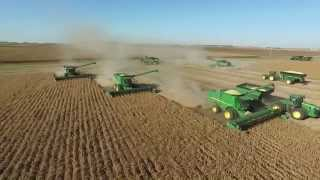 2015 Soybean Harvest in Central IL w/ John Deere S670 Combines