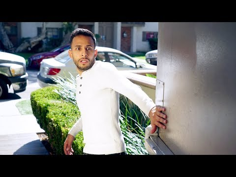 Hold the Door! | Anwar Jibawi, Hannah Stocking & Lele Pons