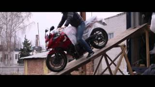 Разгрузка контейнера с мотоциклами . Март 2016.  Днепропетровск(, 2016-04-11T09:53:46.000Z)