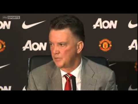 Manchester United managers Van Gaal and Moyes compared