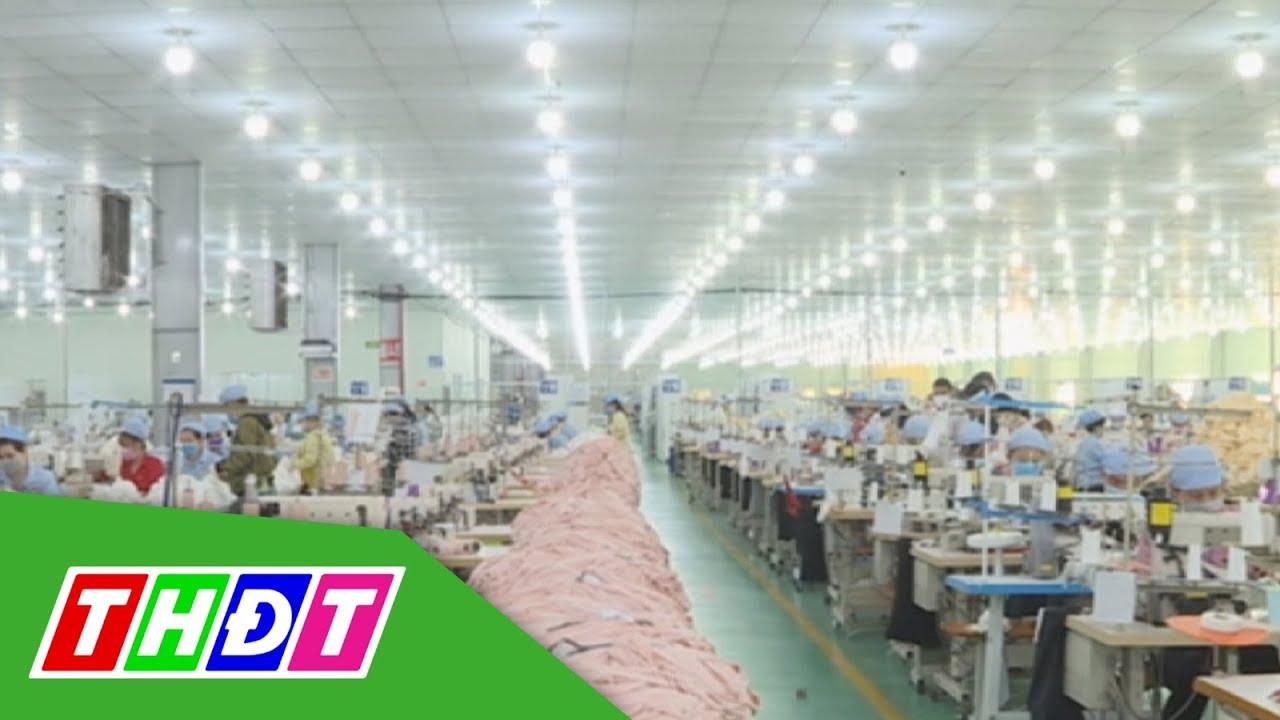 Vinatex cung ứng 8,5 triệu khẩu trang vải kháng khuẩn | THDT