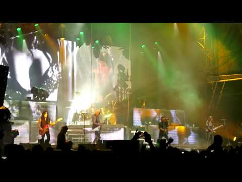 Scorpions - Rhythm Of Love (Live)