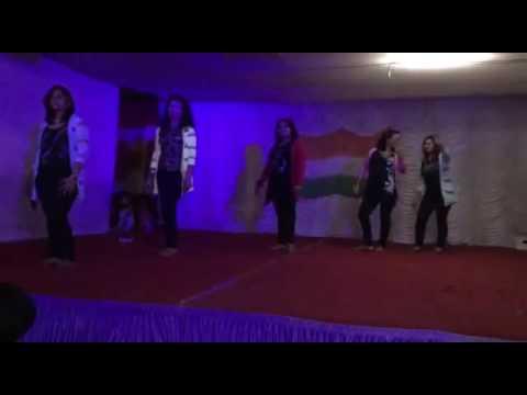 Gulabi Aankhen - Performance by MURA Ladies