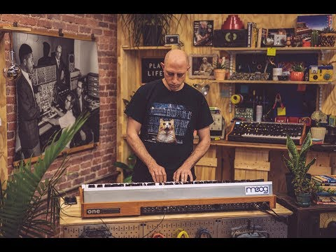 Moog One: Firmware Update v1.0.1 (Live from the Moog Factory)