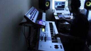Studio Clip- F Major Creates G Funk Groove on Maschine 1.6 (ft. DJ Battlecat)