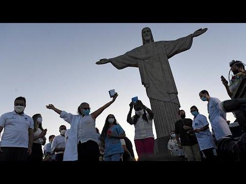 شاهد: تطعيم أول سيدتين ضد كورونا في ريو دي جانيرو تحت تمثال المسيح المنقذ …