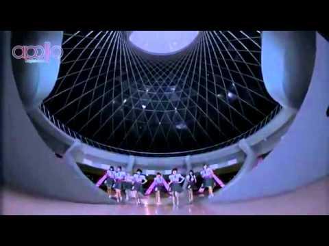 Video Clip Cherrybelle - Pergi Ke Bulan