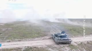 Стрільби танків під Рівним з висоти пташиного польоту