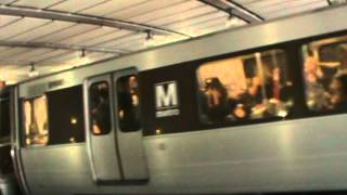 Washington Metro: Huntington-bound Blue Line train at Arlington Cemetery