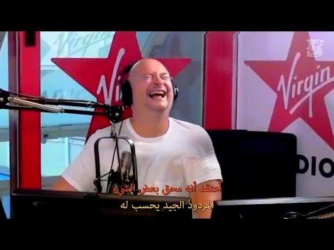 مترجم - مغربي يخلق جوا رائعا في نقاش رائع مع برتغالي ببلاطو راديو فرنسي _ الموت تاع الضحك